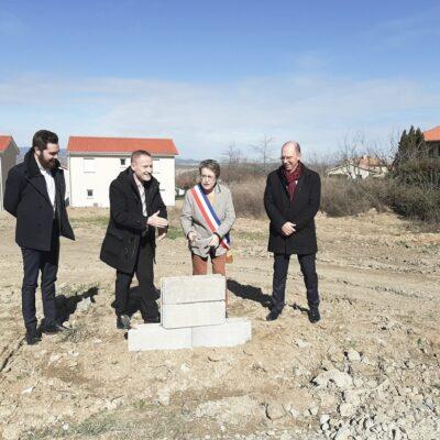 Maisons Axial inaugure l'Ecoquartier d'Echalas 1